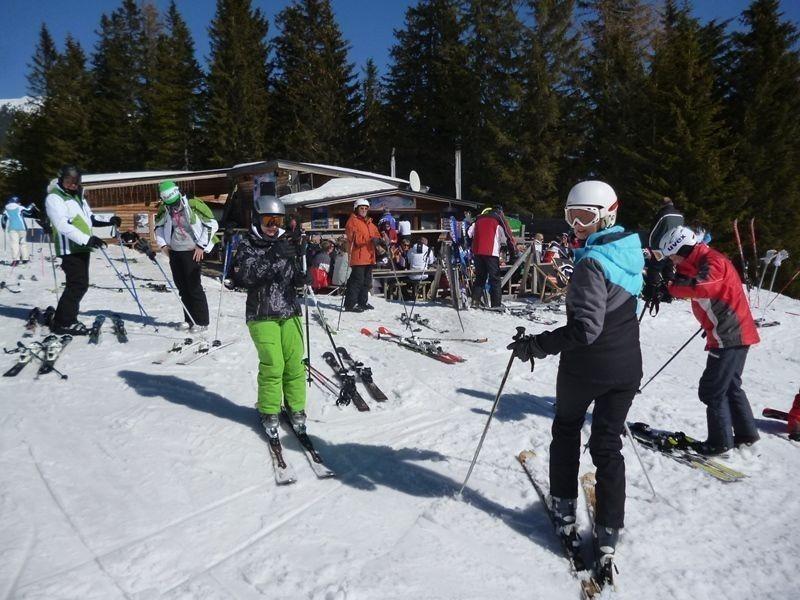 SkifahrerVorZwergenhtte800x600